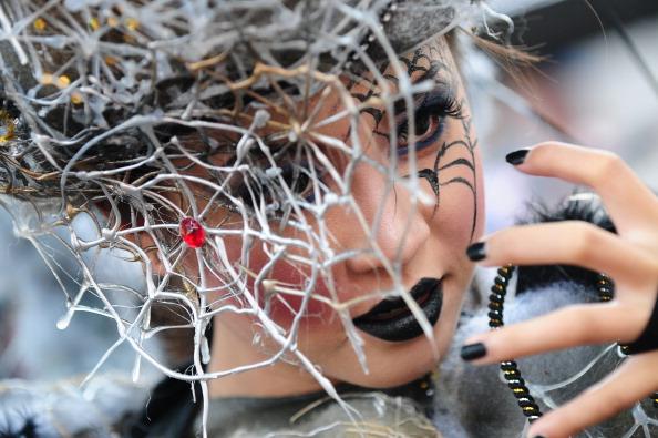 Octopus「Revellers Gather For Jember Fashion Carnival」:写真・画像(10)[壁紙.com]