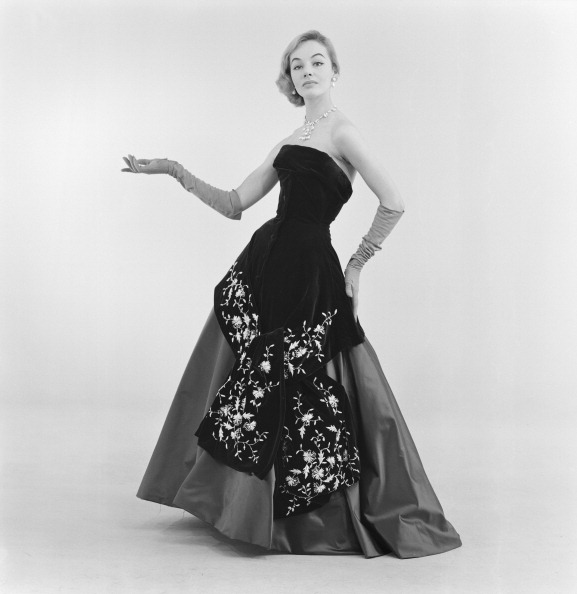 Evening Gown「Tizzoni Fashion」:写真・画像(11)[壁紙.com]