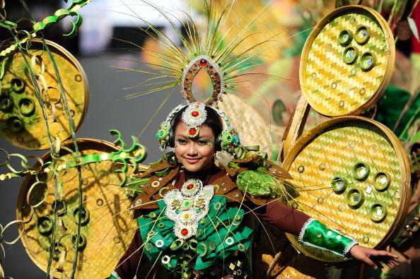 Octopus「Revellers Gather For Jember Fashion Carnival」:写真・画像(7)[壁紙.com]