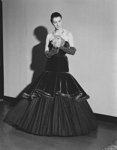 Evening Gown「Cortina Fashions」:写真・画像(9)[壁紙.com]
