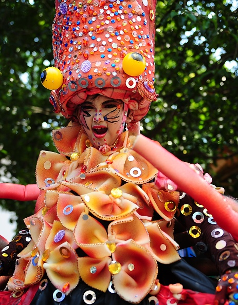 Octopus「Revellers Gather For Jember Fashion Carnival」:写真・画像(8)[壁紙.com]