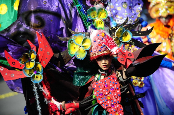 Octopus「Revellers Gather For Jember Fashion Carnival」:写真・画像(4)[壁紙.com]