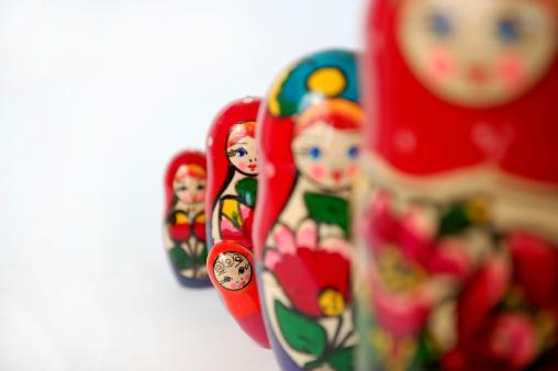 Doll「Matryoshka」:スマホ壁紙(3)