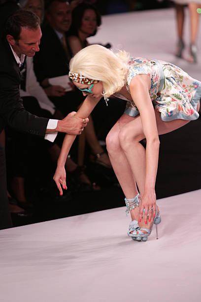 Dior 2008 Cruise Collection Fashion Show - Runway:ニュース(壁紙.com)