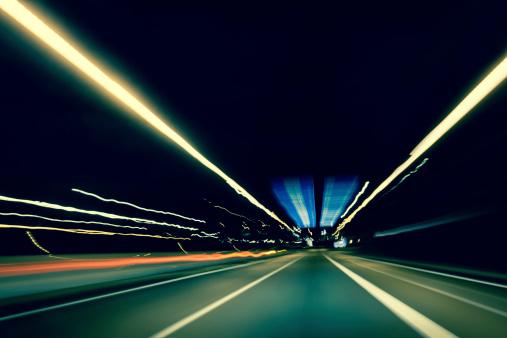 Blurred Motion「Dark highway at night, with streaks of light」:スマホ壁紙(17)