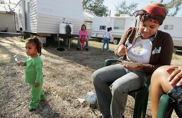 Gumbo「Remaining New Orleans Residents Celebrate Thanksgiving」:写真・画像(16)[壁紙.com]