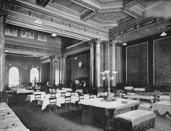 Ceiling「Coffee room of the Carlton Club, London, c1900 (1901)」:写真・画像(14)[壁紙.com]
