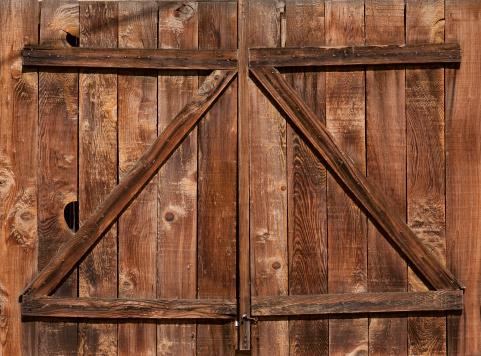 Agricultural Building「Weathered Barn Door」:スマホ壁紙(6)