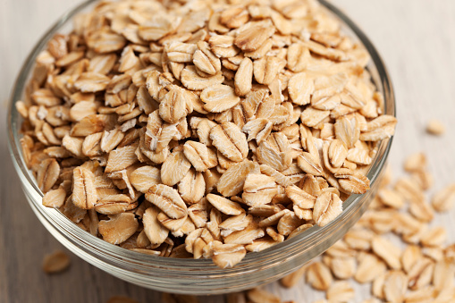 Dietary Fiber「Rolled oats in a bowl」:スマホ壁紙(7)