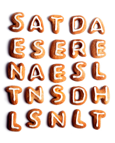 Gingerbread Cookie「Random letters formed with cookies and icing」:スマホ壁紙(14)