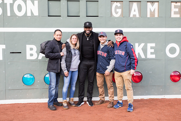 David Ortiz「Mastercard And David Ortiz Deliver Red Sox Fans A Priceless Surprise」:写真・画像(0)[壁紙.com]