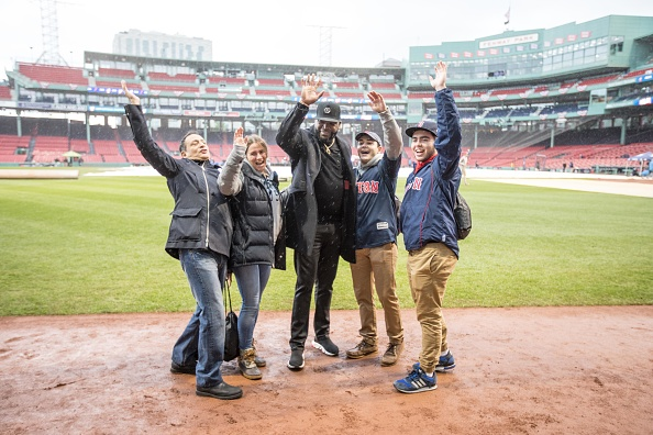 David Ortiz「Mastercard And David Ortiz Deliver Red Sox Fans A Priceless Surprise」:写真・画像(2)[壁紙.com]