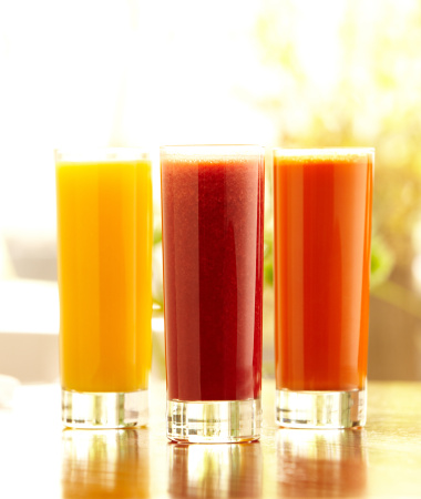 Vegetable Juice「Three tall glasses of orange, carrot and vegetable juice」:スマホ壁紙(9)