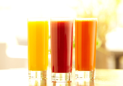 Vegetable Juice「Three tall glasses of orange, carrot and vegetable juice」:スマホ壁紙(6)