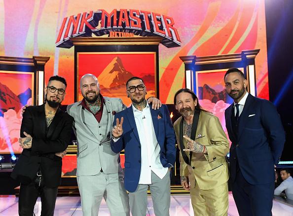 膝から上の構図「'Ink Master' Season 10 Finale」:写真・画像(15)[壁紙.com]