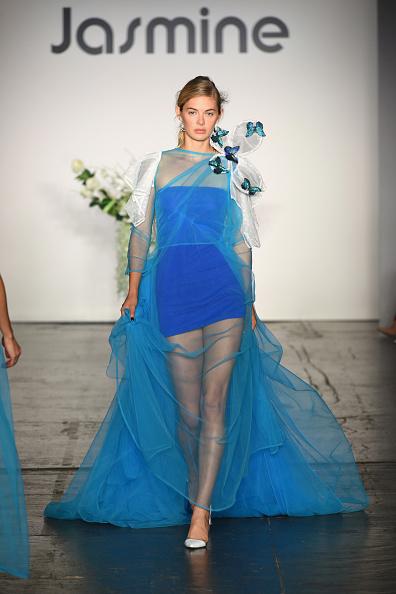 ニューヨークファッションウィーク「Jasmine - Runway - September 2018 - New York Fashion Week: The Shows」:写真・画像(15)[壁紙.com]
