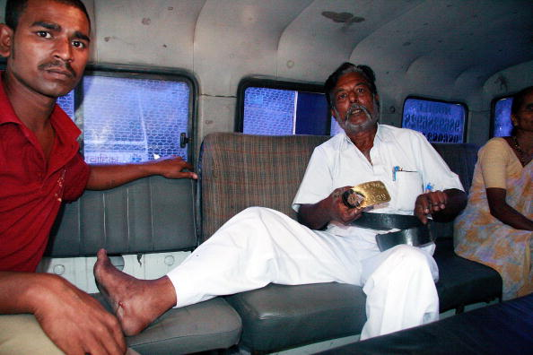 Ritam Banerjee「Militants Overcome As Siege Ends In Mumbai」:写真・画像(1)[壁紙.com]