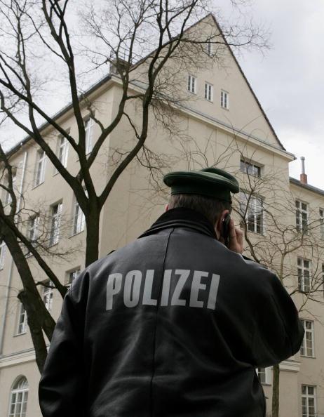 Complexity「Berlin School Threatened by Student Violence」:写真・画像(8)[壁紙.com]