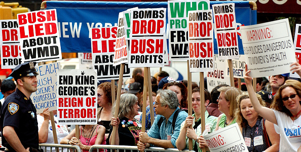 Strategy「Activists Rally Against President Bush In New York CIty」:写真・画像(10)[壁紙.com]