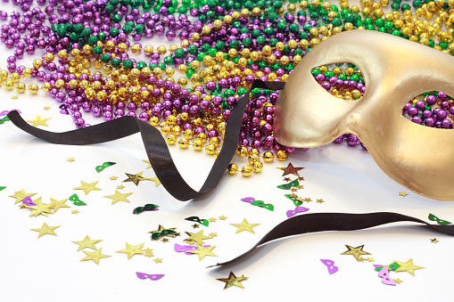 Halloween party「A golden carnival mask and beads」:スマホ壁紙(19)
