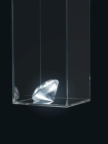 Jewelry「Gem in transparent box」:スマホ壁紙(10)
