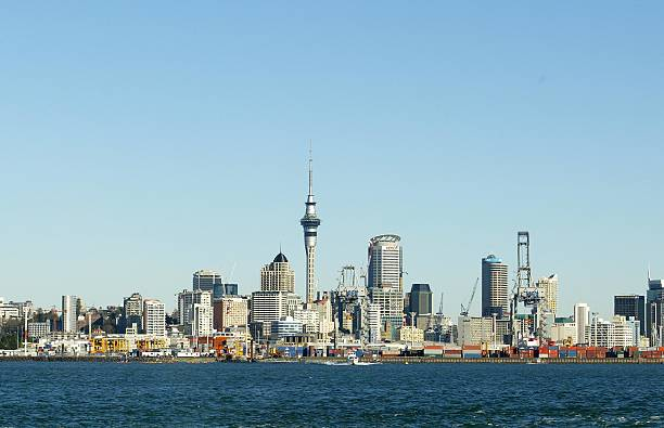 A View from the Auckland Harbour looking back onto:ニュース(壁紙.com)
