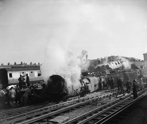 Three Objects「Rail Disaster」:写真・画像(11)[壁紙.com]