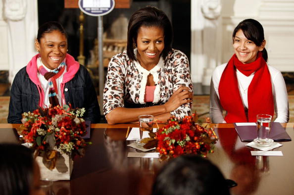 Advice「The First Lady Announces White House Mentoring Initiative For Students」:写真・画像(1)[壁紙.com]