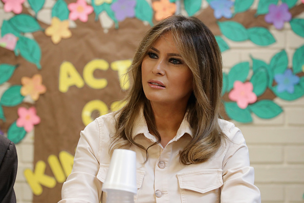 Melania Trump「First Lady Melania Trump Visits Immigrant Detention Center On U.S. Border」:写真・画像(1)[壁紙.com]