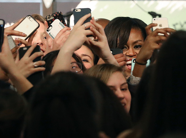 Photography Themes「First Lady Michelle Obama Celebrates International Women's Day At DC's Union Market」:写真・画像(12)[壁紙.com]