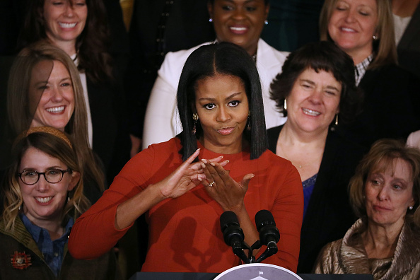 International Landmark「Michelle Obama Delivers Final Speech At The White House」:写真・画像(2)[壁紙.com]