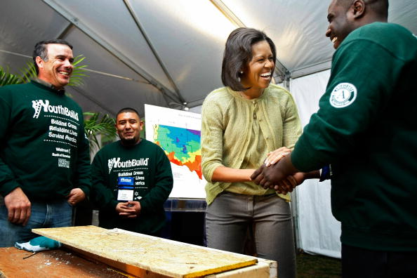 Environmental Conservation「YouthBuild AmeriCorps Builds An  Energy-Efficient Home On The Nat'l Mall」:写真・画像(5)[壁紙.com]