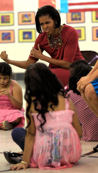 Maryland - US State「Michelle Obama And Mexican First Lady Visit Elementary School In Maryland」:写真・画像(9)[壁紙.com]