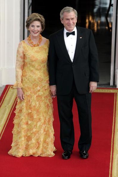 Yellow Dress「President Bush Greets Indian Prime Minister At The White House」:写真・画像(7)[壁紙.com]