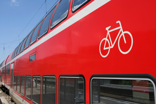 Electric train「Bicycles allowed」:スマホ壁紙(18)