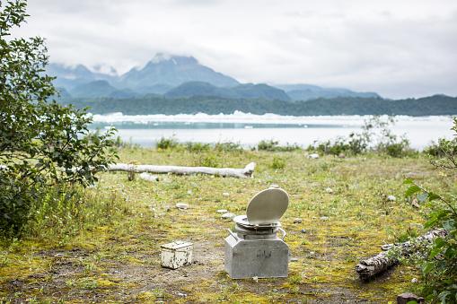 Toilet「Minimalist toilet facilities at wilderness camping ground」:スマホ壁紙(15)