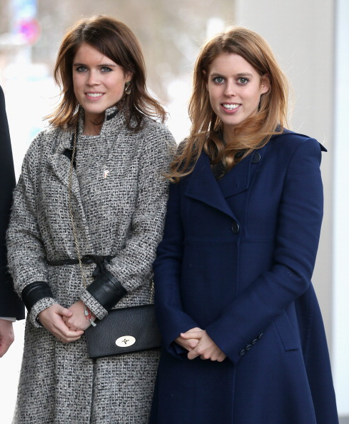 Princess Eugenie「Princess Beatrice And Princess Eugenie Of York Visit Hanover During The GREAT Britain MINI Tour」:写真・画像(16)[壁紙.com]