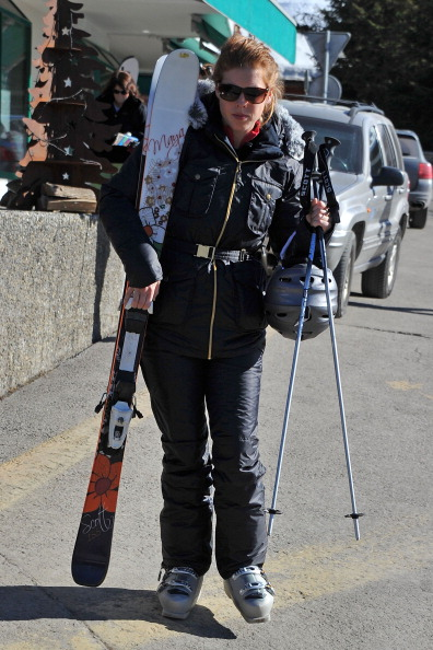 Ski Pole「Prince Andrew and Sarah Ferguson Skiing in Verbier」:写真・画像(8)[壁紙.com]