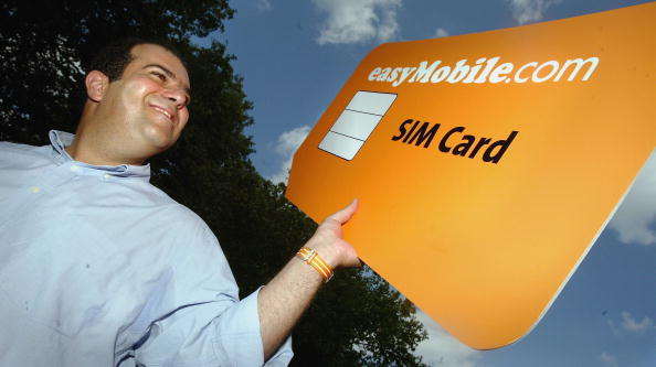Conference Phone「Easygroup Announce New Mobile Phone Sim Card」:写真・画像(2)[壁紙.com]