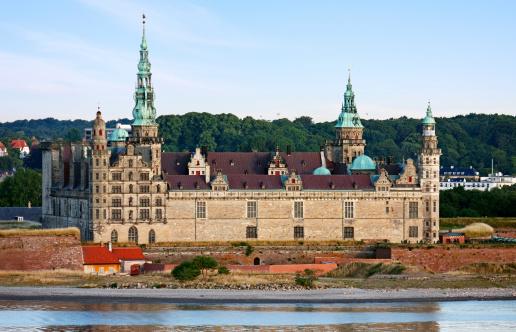 Brick Wall「Kronborg Castle」:スマホ壁紙(12)
