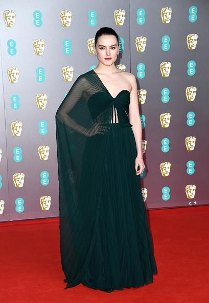 Asymmetric Dress「EE British Academy Film Awards 2020 - Red Carpet Arrivals」:写真・画像(14)[壁紙.com]