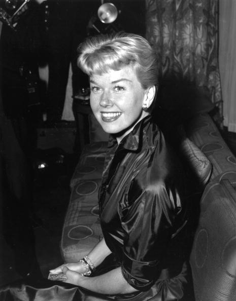 Actress「Doris Day」:写真・画像(1)[壁紙.com]
