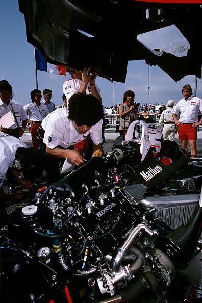 McLaren-Honda Racing Team「Alain Prost At Grand Prix Of France」:写真・画像(13)[壁紙.com]