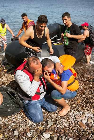 Tom Stoddart Archive「Refugees On Lesbos」:写真・画像(2)[壁紙.com]