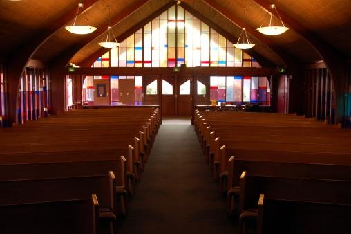 Praying「Empty Sanctuary #2」:スマホ壁紙(13)