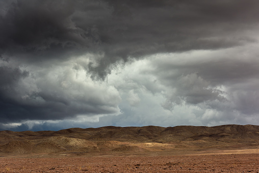 Rain「Storm clouds over the Atacama desert, Chile」:スマホ壁紙(19)