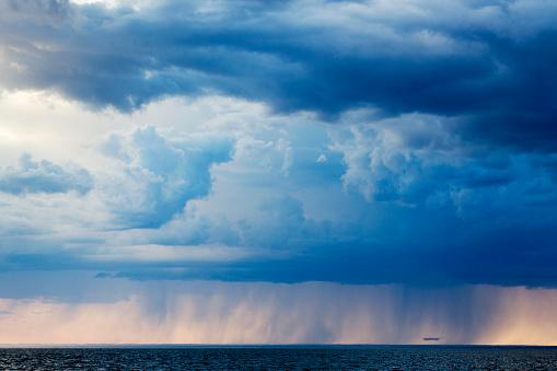 Thunderstorm「Storm Clouds, Hudson Bay, Canada」:スマホ壁紙(5)