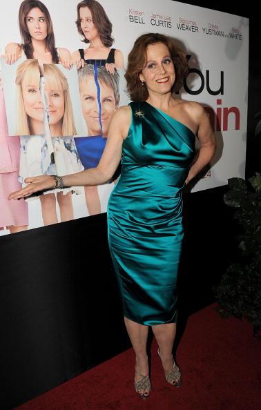 "Pencil Dress「Premiere Of Touchstone Pictures' ""You Again"" - Arrivals」:写真・画像(16)[壁紙.com]"