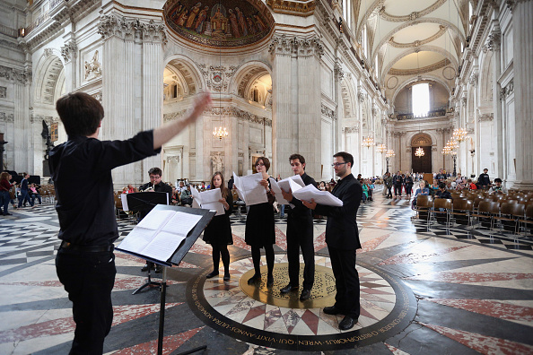 St「Live Music Sculpture at St Paul's Cathedral」:写真・画像(18)[壁紙.com]