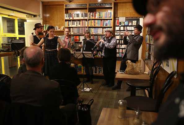 Klezmer「Klezmer Musicians Perform In Berlin」:写真・画像(6)[壁紙.com]